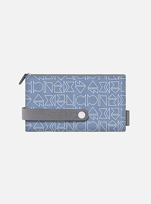 SUPER JUNIORTYPOGRAPHIC TRAVEL CLUTCH M with ALIFE