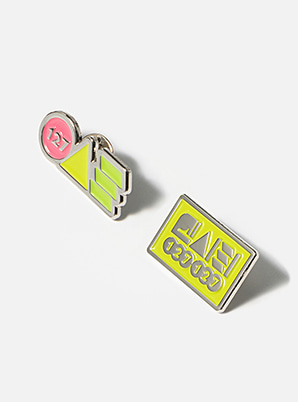 NCT 127 TYPOGRAPHIC BADGE