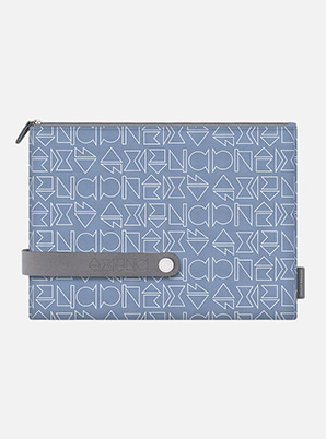 SUPER JUNIOR TYPOGRAPHIC TRAVEL CLUTCH L with ALIFE