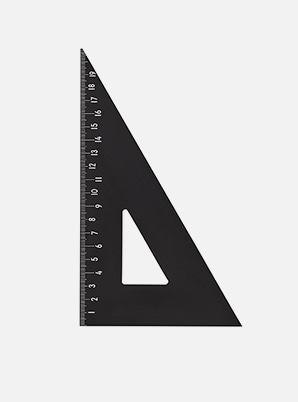 [MD &P!CK] DESIGN LETTERS Ruler (Triangle)